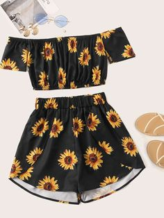 Black Floral Print Crop Top With Shorts Source by cutespree outfit Cute Lazy Outfits, Teenage Girl Outfits, Teen Fashion Outfits, Teenager Outfits, Outfits For Teens, Pretty Outfits, Stylish Outfits, Preteen Fashion, Fashion Clothes