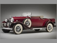 A beautiful dark red 1932 Buick model 96. #vintage #1930s #cars