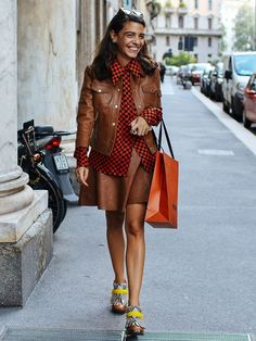 brown-colors-trend-skirt-leather-jacket-plaid-shirt-street-style