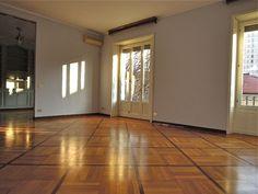 Prestigioso appartamento - Via Visconti di Modrone, Milano  http://www.home-lab.org/Immobile/Prestigioso-appartamento-di-ampia-metratura-80.html