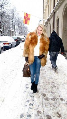 Fur & Snow 11