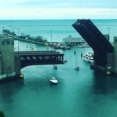 #Chicago #LakeShoreDrive #Bridge #LSD #SailBoats #kayak #water #May 2016