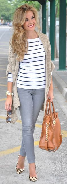 Beige Knit Cardigan by Te Cuento Mis Trucos.