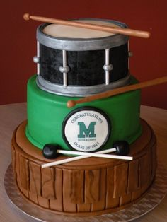 Drum Grad Cake