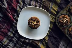sweet miscellany: Toasted Hazelnut & Chocolate Chip Pumpkin Muffins #vegan #glutenfree
