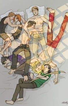 Love Black Widow and Hawkeye. And Iron Man Is hugging Captain America.(Not to mention grumpy Loki half snuggled next to Thor.)and Bruce all curled up in a ball like a kitty Marvel Avengers, Marvel Comics, Films Marvel, Marvel E Dc, Marvel Characters, Tony Stark, Iron Man Capitan America, Captain America, Die Rächer
