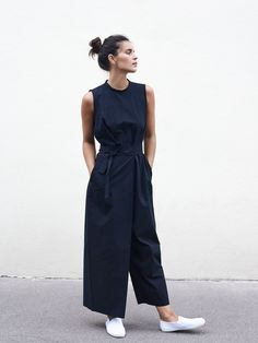 Spring Summer 18 – Roxane Baines – Official website – Fashion Trends To Try In 2019 Mode Outfits, Chic Outfits, Spring Outfits, Outfit Summer, Spring Dresses, Mode Chic, Mode Style, Looks Chic, Casual Looks