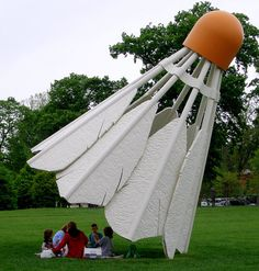 Kansas City Sculpture Park has  a four-part outdoor sculpture of oversize badminton shuttlecocks by Claes Oldenburg and Coosje van Bruggen.