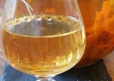 Λικέρ πορτοκάλι με άρωμα κανέλας 🍊 συνταγή από I❤to Cook by Rania - Cookpad Punch Bowls, Wine Glass, Alcoholic Drinks, Tableware, Food, Yummy Yummy, Cheers, Coffee, Drinks