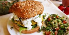 Baked Chickpea Burgers These herb- and veggie-packed chickpea burgers are a great Mediterranean meat-free twist on the classic burger. Entree Recipes, Vegetarian Recipes, Dinner Recipes, Cooking Recipes, Healthy Recipes, Healthy Meals, Baby Recipes, Budget Cooking, Vegan Meals