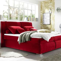 Boxspringbett aus rotem Textilstoff mit silbernen Füßen Lounge, Couch, Furniture, Home Decor, Chair, Twin Size Beds, Mattress, Bed Room, Red