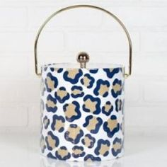 Keep your cool in style with our leopard ice bucket. Our ice bucket will add style and flair to your next celebration!
