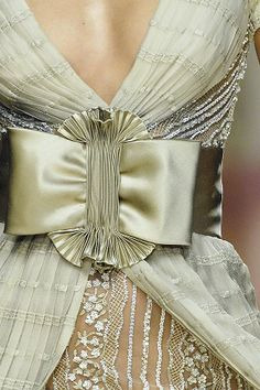 Valentino, SS 2008 Haute Couture details, photo: Don Ashby for Vogue Italia