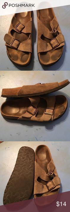 BIRKENSTOCK NARROW SUEDE SANDALS 42 LADIES 11 PREOWNED WORN FAIR CONDITION BIRKENSTOCK NARROW SUEDE LEATHER SANDALS. FAIR WORN CONDITION. 42 LADIES 11 Birkenstock Shoes Sandals