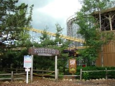 Double Loop hill Abandoned Theme Parks, Abandoned Amusement Parks, Abandoned Places, Geauga Lake Amusement Park, Cleveland Rocks, Fun Fair, Lake Park, Local Attractions, Factories