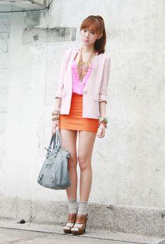 From Hongkong baby pink blazer Top Zara, Camille Co, Orange Skirt, Pink Jacket, Future Fashion, Fashion Beauty, Travel Fashion, Fashion Photo, Outfit Posts