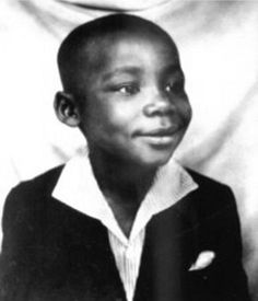 A young Martin Luther King Jr. He was born Michael King, Jr., but changed his name to Martin Luther King, Jr. when he was a teen. Martin Luther King, Black Power, Famous Historical Figures, Dr Martins, Black History Facts, We Are The World, My Black Is Beautiful, Nelson Mandela, King Jr