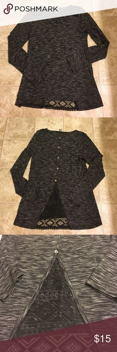 NWOT Lace detail long sleeve shirt Love the detail of this shirt! Buttons and lace run down the back of the shirt. Lace detail on shoulders as well! Great for fall and leggings! Vanity Tops Tees - Long Sleeve