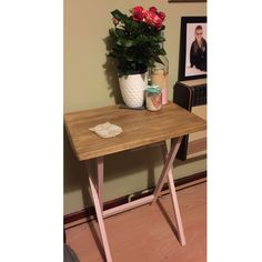 Up cycled TV Tray 🌸