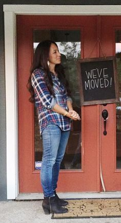 Joanna Gaines classic plaid/jeans/boots
