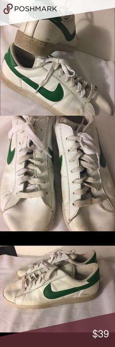 Nike Tennis Shoes Sneakers Classic Wimbledon Men 8 Nike Tennis Shoes Sneakers Classic Wimbledon Green Swoosh Men 8 Women 10 Nike Shoes Sneakers