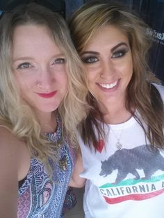 It's official. @JessMeuse is a sweet southern heart. Ugh! Can't even handle all this love.