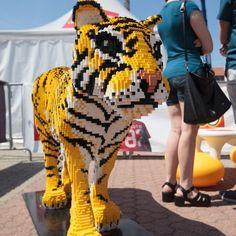 Una tigre tutta di lego