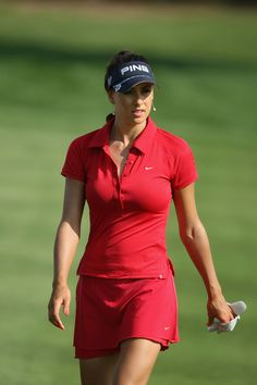Female golfers are awesome!!