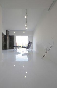 Leaden Wall in White Space by Jun Murata