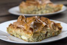 Η Τυρόπιτα και τα 5 Μικρά Μυστικά της (+ BINTEO) | Caruso.gr Cheese Pies, Apple Pie, Feta, Herbs, Desserts, Recipes, Greek, Kitchen, Tailgate Desserts