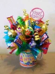 - Candy Gifts and Crafts, Candy Bouquets, Centerpieces, Handmade Crafts, Hand Painted Glassware/Bucket - ecomPlanet Web Hosting - the Free hosting solution worldwide Candy Boquets, Candy Bar Bouquet, Bouqets, Bouquet Pastel, Diy Bouquet, Candy Gift Baskets, Birthday Gift Baskets, Raffle Baskets, Coworker Birthday Gifts