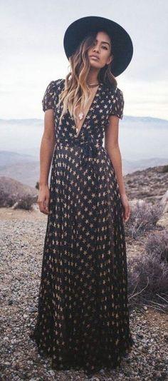 #Summer #Outfits / V-Neck Black Summer Dress + Black Hat