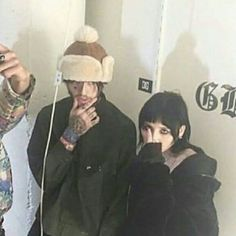 Lay and Gus Couple Aesthetic, Aesthetic Grunge, Aesthetic Girl, Emo Couples, Cute Couples, Lil Peep Live Forever, Lila Baby, Grunge Couple, Lil Peep Beamerboy