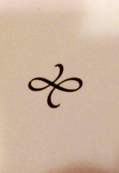 symbole celtique pour la force je suis pass par beaucoup et je veux que mon futur tatouage s. Black Bedroom Furniture Sets. Home Design Ideas