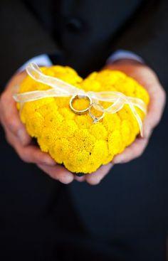 porte alliances fleur jaune
