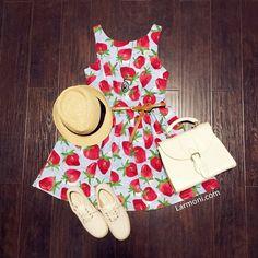 Sweet Strawberries Cute Retro Sundress