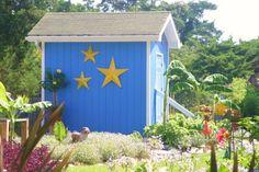 Backyard shed at Ocracoke. Photo by Linda Tjossem