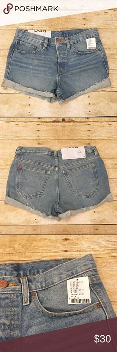NWT Urban Outfitters BDG denim shorts, size 26 Beautiful Urban Outfitters Tomgirl mid rise shorts. Size 26. You can never go wrong with Urban Outfitters! Especially this classic look. Waist- approximately 15 inches, rise- approximately 10 inches, inseam- approximately 2.5 inches. Urban Outfitters Shorts Jean Shorts