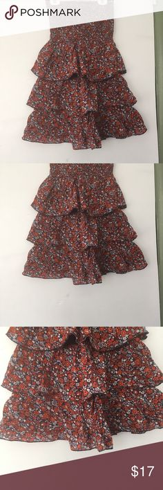 Old Navy Floral dress •Floral •Orange and White  •Perfect for summer time Old Navy Dresses Mini