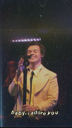 we'll be alright — ♡ harry styles lockscreens Harry Styles Cute, Harry Styles Pictures, One Direction Pictures, Harry Styles Smile, Harry Edward Styles, Photo Wall Collage, Collage Art, Love Of My Life, My Love