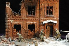 Dioramas and Vignettes: On the Kharkov direction