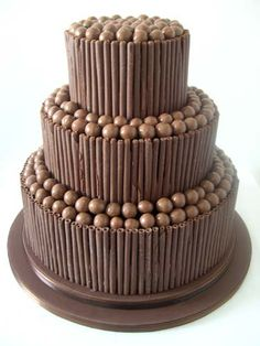 Buttercream Chocolate Cake - http://www.maisiefantaisie.co.uk/buttercream-chocolate-wedding-cake.html