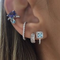 Indian Jewellery Design, Indian Jewelry, Bling Bling, Ear Chain, Jewelry Design Earrings, Body Piercings, Body Jewelry, Diamond Earrings, Jewelery