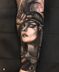 Sexy Tattoos For Women, Sleeve Tattoos For Women, Tattoo Sleeve Designs, Anubis Tattoo, Tattoo Artwork, Tattoo Photos, Bild Tattoos, Body Art Tattoos, Cleopatra Tattoo