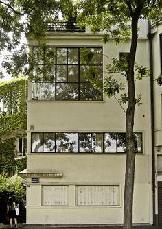 Kallistos Stelios Karalis || LUXURY Connoisseur ||Le Corbusier . maison Ozenfant, Paris, 1922
