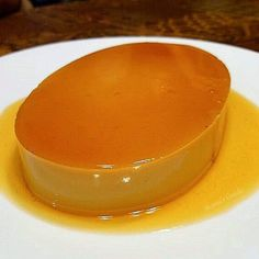 Creamy Leche Flan Recipe (Filipino Style Caramel an authentic Filipino Leche Flan recipe (or creme caramel) that gives you a rich, silky, and creamy Leche Flan every time. easyrecipe dessert Filipinofood backen Learn how Flan Dessert, Pinoy Dessert, Filipino Desserts, Filipino Recipes, Filipino Food, Cuban Recipes, Gourmet Recipes, Cooking Recipes, Puddings