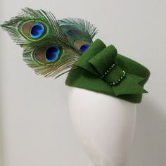 Items similar to Green vintage fur felt shaped pill box with peacock feather trim on Etsy Vintage Fur, Peacock, Feather, Felt, Trending Outfits, Unique Jewelry, Handmade Gifts, Box, Green