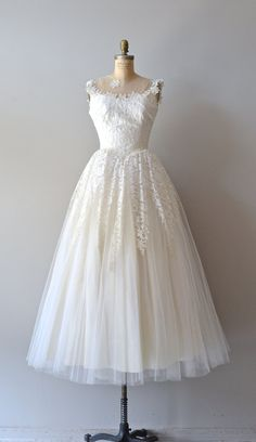 Love the lace on the skirt lace 50s wedding dress / 1950s dress / Cupid & by DearGolden, $645.00