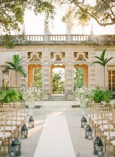 A Glamorous Miami Wedding at Vizcaya in Miami / Photos KT Merry Photography