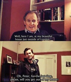 Peter Davison Doctor) and David Tennant Doctor). Father-in-law and son-in-law. This is funny and so cute. Doctor Who, 10th Doctor, David Tennant, Bbc, Peter Davison, Don't Blink, Dr Who, Superwholock, Mad Men